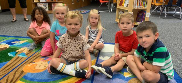 K3 Students at the Library